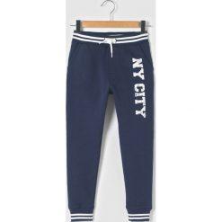 Spodnie typu jogpant NY 3-12 lat. Szare spodnie chłopięce La Redoute Collections, z bawełny. Za 44,06 zł.