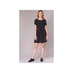 Sukienki krótkie Only  LAURA. Sukienki małe czarne marki ONLY, s, z bawełny, z okrągłym kołnierzem. Za 89,30 zł.