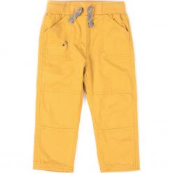 Spodnie. Brązowe spodnie chłopięce marki bonprix, m, z nadrukiem, z polaru. Za 49,90 zł.