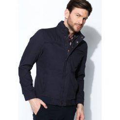 Granatowa Kurtka Awesome Thing. Czarne kurtki męskie marki Born2be, l, z aplikacjami, z dresówki. Za 164,99 zł.