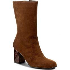 Botki TAMARIS - 1-25091-37 Cognac 305. Brązowe buty zimowe damskie marki Tamaris, z materiału, na obcasie. W wyprzedaży za 209,00 zł.