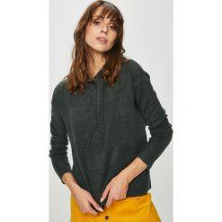 Review - Sweter. Czarne swetry klasyczne damskie Review, m, z dzianiny, z kapturem. Za 129,90 zł.