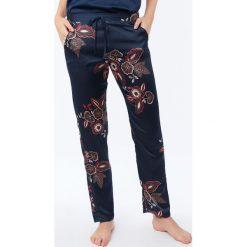 Etam - Spodnie piżamowe Celeste. Niebieskie piżamy damskie marki Etam, l, z bawełny. Za 119,90 zł.