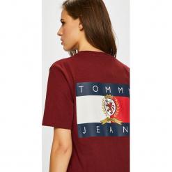 Tommy Jeans - Top. Brązowe topy damskie Tommy Jeans, l, z bawełny, z okrągłym kołnierzem. Za 229,90 zł.