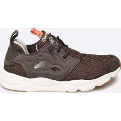 Reebok Classic - Buty Classic. Szare buty sportowe damskie reebok classic Reebok Classic, z materiału. W wyprzedaży za 219,90 zł.