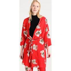 Kurtki i płaszcze damskie: Rue de Femme MIRANDA KIMONO Kurtka wiosenna red