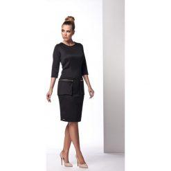 Sukienki balowe: Elegancka sukienka z ozdobnymi kieszeniami czarna