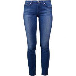 7 for all mankind PYPER CROPPED Jeansy Slim Fit blue denim. Niebieskie boyfriendy damskie 7 for all mankind. W wyprzedaży za 650,30 zł.