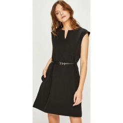 Answear - Sukienka. Niebieskie sukienki dzianinowe marki bonprix, z nadrukiem, na ramiączkach. Za 149,90 zł.