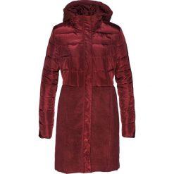 Płaszcz pikowany bonprix czerwony klonowy. Czerwone płaszcze damskie bonprix, z materiału. Za 169,99 zł.