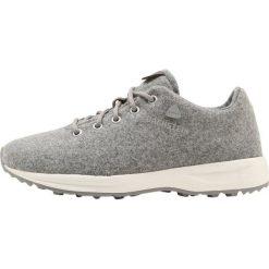 Dachstein Obuwie hikingowe grey. Białe buty sportowe damskie marki Nike Performance, z materiału, na golfa. W wyprzedaży za 391,30 zł.