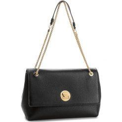 Torebka COCCINELLE - BD0 Liya E1 BD0 12 02 01 Noir/Noir 001. Czarne torebki klasyczne damskie Coccinelle, ze skóry. W wyprzedaży za 1079,00 zł.