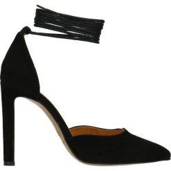 Sandały INGRID. Czarne sandały damskie marki Gino Rossi, ze skóry, na wysokim obcasie, na szpilce. Za 199,90 zł.