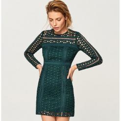 Koronkowa sukienka - Khaki. Brązowe sukienki koronkowe marki Reserved. Za 89,99 zł.