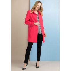Płaszcze damskie pastelowe: Płaszcz w stylu lat 60-tych