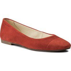 Baleriny VAGABOND - Ayden 4305-140-73 Coral. Czerwone baleriny damskie zamszowe marki Vagabond. W wyprzedaży za 229,00 zł.