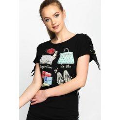 Bluzki asymetryczne: Czarny T-shirt Advance Guard
