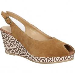 Sandały zamszowe na koturnie Tamaris 1-29303-28. Brązowe sandały damskie marki Tamaris, z zamszu, na koturnie. Za 138,99 zł.