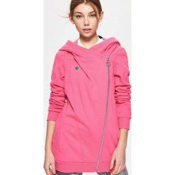 Bluzy damskie: Bluza z asymetrycznym zamkiem – Różowy