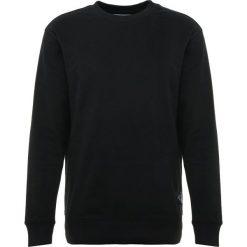 Calvin Klein Jeans MONOGRAM LOGO CREW NECK Bluza black. Czarne bluzy męskie Calvin Klein Jeans, m, z bawełny. Za 379,00 zł.