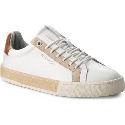 Tenisówki NAPAPIJRI - Plus 16832555 White/Beige N07. Białe tenisówki męskie Napapijri, z gumy. W wyprzedaży za 219,00 zł.