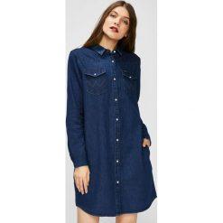 Wrangler - Sukienka. Niebieskie sukienki mini Wrangler, na co dzień, s, z bawełny, casualowe. Za 299,90 zł.
