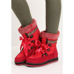 Czerwone Śniegowce Engild. Czerwone buty zimowe damskie Born2be, z materiału, przed kolano. Za 64,99 zł.