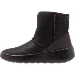 Ecco UKIUK Śniegowce black. Czarne buty zimowe damskie ecco, z materiału. W wyprzedaży za 252,45 zł.