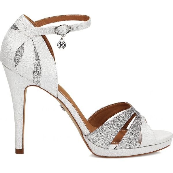 2f5f8133b4ff6 Białe sandały damskie - Białe sandały damskie Kazar, z satyny, na ...
