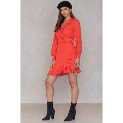 Sukienki hiszpanki: Just Female Kopertowa sukienka Hiro – Red