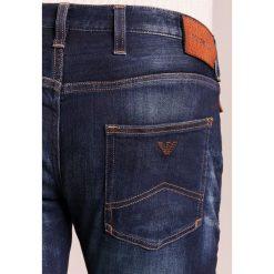 Emporio Armani Jeansy Slim Fit denim blue. Szare jeansy męskie relaxed fit marki Emporio Armani, l, z bawełny, z kapturem. W wyprzedaży za 531,30 zł.