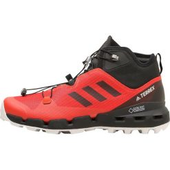 Adidas Performance TERREX FAST GTX SURROUND  Obuwie hikingowe hires red/core black/grey one. Czerwone buty sportowe męskie adidas Performance, z materiału, outdoorowe. W wyprzedaży za 599,20 zł.