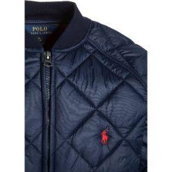 Polo Ralph Lauren BBALL OUTERWEAR Kurtka zimowa french navy. Niebieskie kurtki chłopięce zimowe Polo Ralph Lauren, z materiału. W wyprzedaży za 377,30 zł.