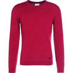 Swetry klasyczne męskie: Armani Collezioni STRUCTURED Sweter rosso