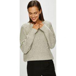 Vero Moda - Sweter. Szare swetry klasyczne damskie Vero Moda, l. W wyprzedaży za 139,90 zł.