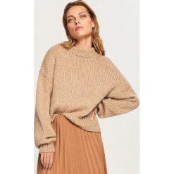 Sweter z domieszką wełny - Beżowy. Brązowe swetry klasyczne damskie Reserved, l, z wełny. Za 119,99 zł.