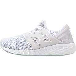 New Balance FRESH FOAM CRUZ V2 Obuwie do biegania treningowe white. Białe buty do biegania męskie New Balance, z materiału. Za 379,00 zł.