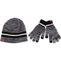 Zestaw Czapka i Rękawiczki NEW BALANCE - 500342 000. Czarne czapki zimowe damskie New Balance, z materiału. W wyprzedaży za 119,00 zł.