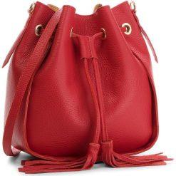 Torebka CREOLE - K10540  Czerwony. Czerwone torebki worki Creole, w geometryczne wzory, ze skóry, zdobione. W wyprzedaży za 159,00 zł.