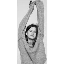 Mango - Sweter Orquidea. Szare swetry klasyczne damskie Mango, l, z dzianiny. W wyprzedaży za 69,90 zł.