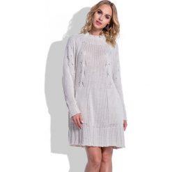 Swetrowa Beżowa Sukienka Oversize z Kieszeniami. Brązowe sukienki na komunię marki Molly.pl, na co dzień, na jesień, uniwersalny, w prążki, oversize. Za 130,00 zł.