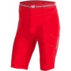 Szorty kompresyjne - MS710139HRD. Czerwone spodenki sportowe męskie marki New Balance, m, z materiału, na fitness i siłownię. W wyprzedaży za 129,99 zł.