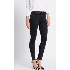 Lee - Jeansy. Szare jeansy damskie rurki marki Lee, z podwyższonym stanem. W wyprzedaży za 249,90 zł.