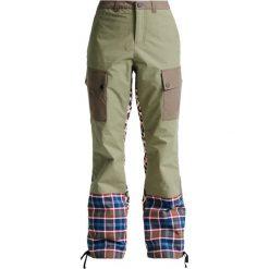Bryczesy damskie: Burton LION STORM Spodnie narciarskie olvine/riotpd/woodcm