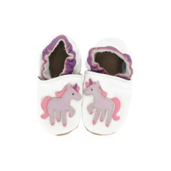 BaBice Buciki do raczkowania Jednorożec kolor biały. Białe buciki niemowlęce marki BABICE, ze skóry. Za 69,00 zł.
