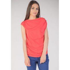 Bluzki damskie: Czerwona bluzka z marszczonymi rękawami QUIOSQUE