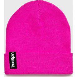 True Spin - Czapka. Różowe czapki zimowe damskie True Spin, z dzianiny. W wyprzedaży za 49,90 zł.