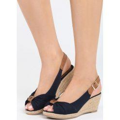 Sandały damskie: Granatowe Sandały Stolen Moment
