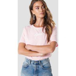 T-shirty damskie: Galore x NA-KD T-shirt Galore - Pink