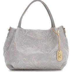 Torebki klasyczne damskie: Skórzana torebka w kolorze szarym – 28 x 20 x 12 cm
